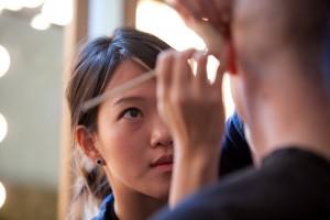 Øjenskygge som fremhæver øjenfarven