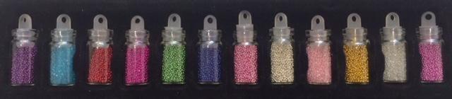 mini flaske med glimmer til neglene