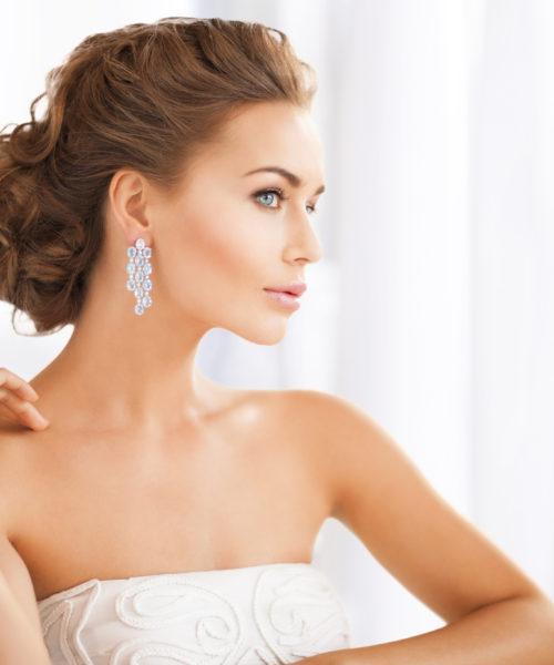 Brudemakeup og håropsætning